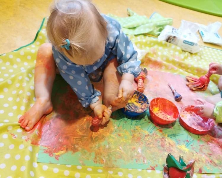 Krippe bastelt Gruß, malen, Pinsel, Farben